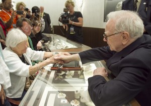 Warren Buffett Selling Jewelry